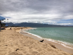UNSER FAVORIT-BEACH MIT BEATS IN PAIA, MAUI, HAWAII