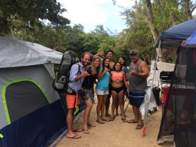 CAMPING GET TOGETHER MIT DIESER NETTEN FAMILIE, O'AHU, HAWAII